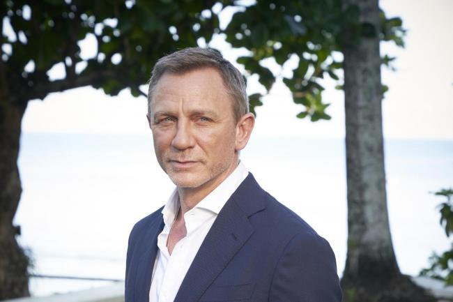 Daniel Craig in the gym preparing for James Bond return after injury