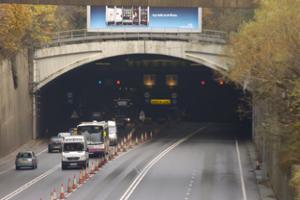Liverpool-bound section of Wallasey tunnel closed