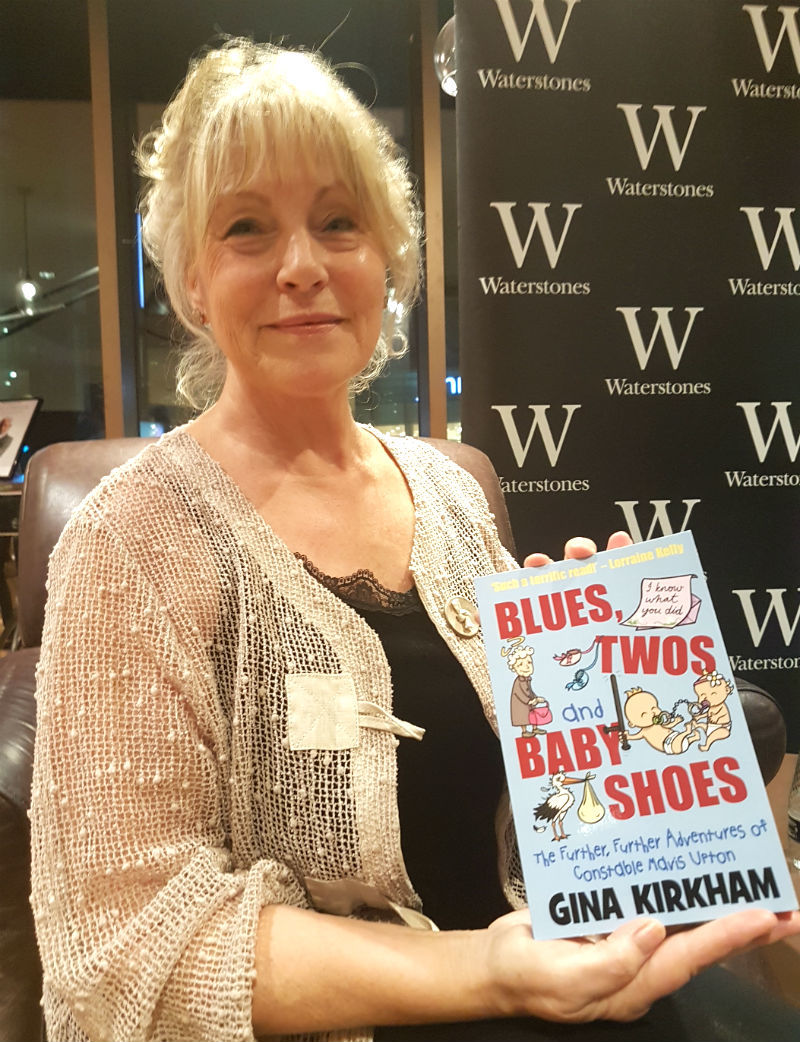 REVIEW: Sell-out talk for Wirral author Gina Kirkham at Waterstone's