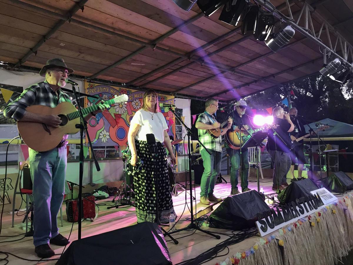 Ukulele day singalong for Clatterbridge Cancer Charity