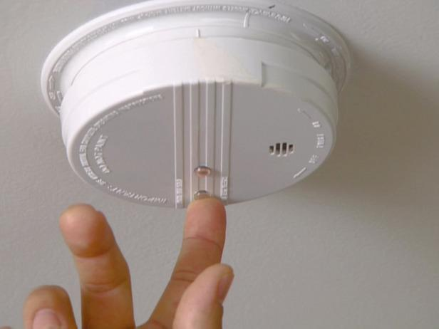 Firefightershighlight importance of working smoke alarms in Wirral campaign