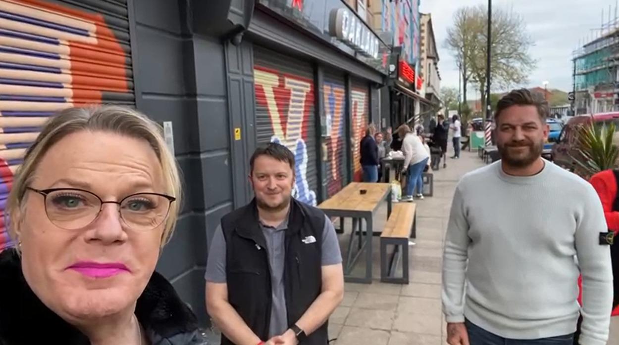 Eddie Izzard on campaign trail in New Brighton