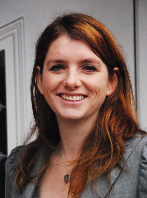 Wirral South MP Alison McGovern will chair a public meeting about the future of Lyndale School.