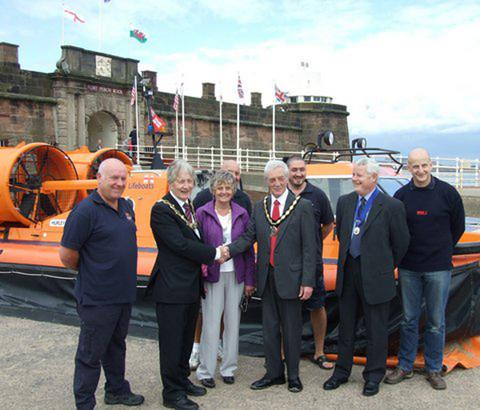 Ceremony marks 50-year anniversary of Wirral's hovercraft experiment