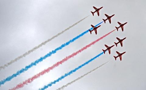 Red Arrows wow crowds at Hoylake Lifeboat Day