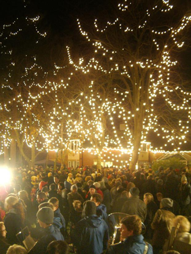 Wirral Globe: Last year's switch-on