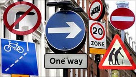Councils told to cut unnecessary street signs