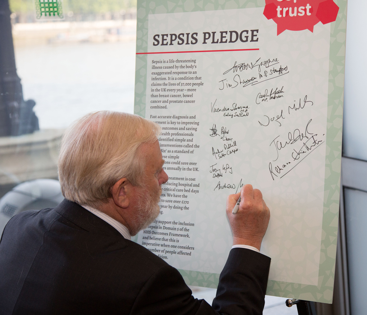 Andrew Miller MP signs pledge supporting fight against Sepsis