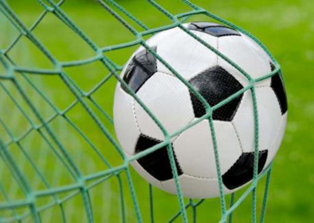 Wirral Globe: Motormen beaten by Brackley