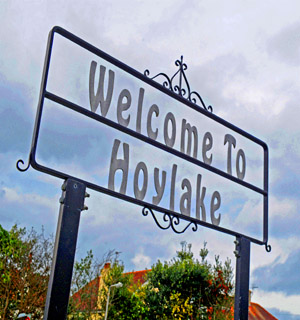 Wirral Globe: Hoylake sign