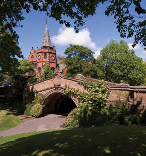 Wirral Globe: Port Sunlight 2