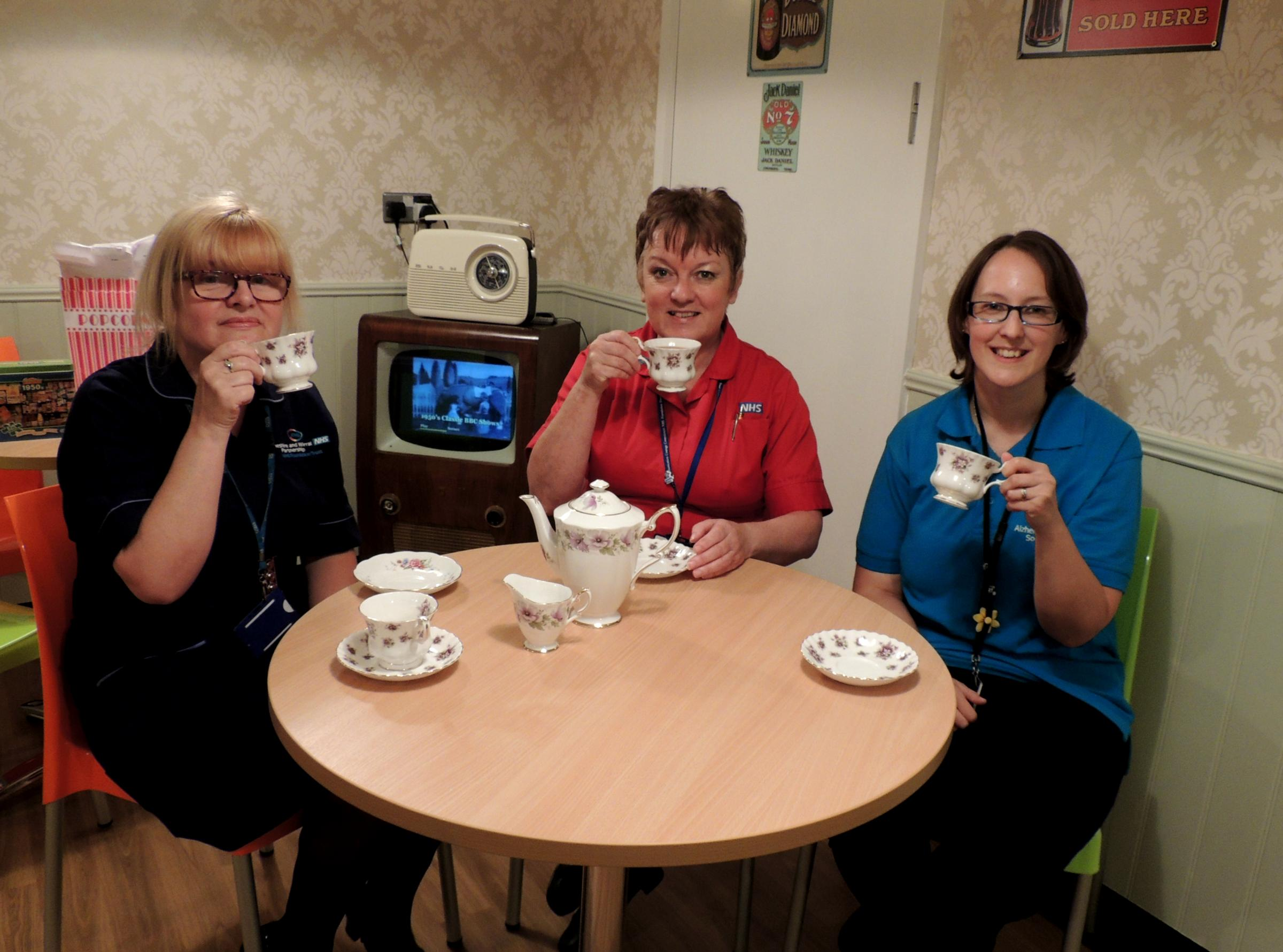 Dementia Specialist Nurse Anne-Marrie Kelly, Matron Margaret Davies and Hannah Rapley, Alzheimer's Society.