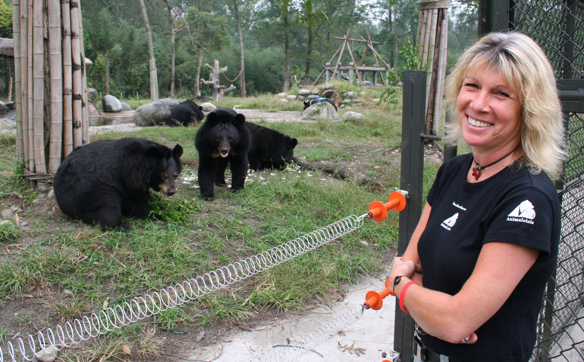 Wirral welcomes inspirational campaigner behind world's largest bear rescue
