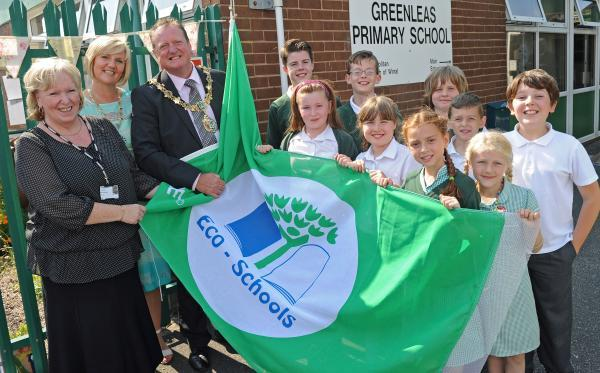 Greenleas Primary receive their second Green Flag.