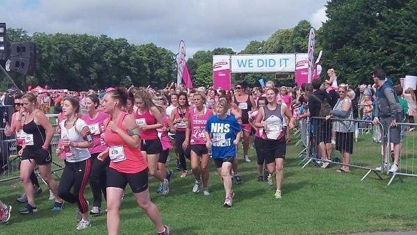 Globe praised for 'amazing' support of Race For Life