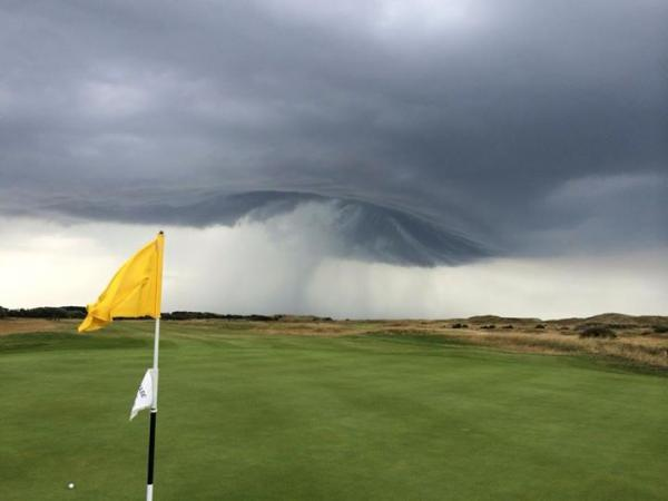 Dramatic storm pictures captured in Wallasey