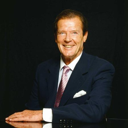 Wirral Globe: An Evening with Sir Roger Moore