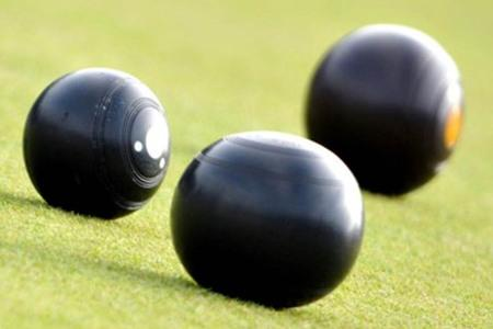 CROWN GREEN BOWLS: Wirral Flyers' victory for O'Neill