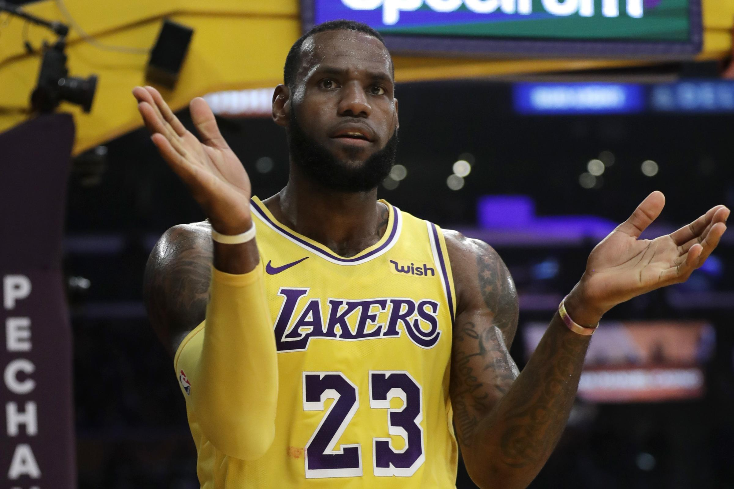 LeBron James and Lonzo Ball guide Los Angeles Lakers to comfortable victory   07ff87650